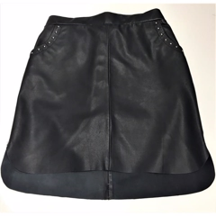 Wardrobe Dylan Skirt Sort